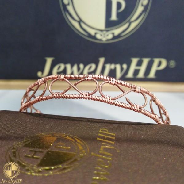 Handmade bracelet infinity by copper
