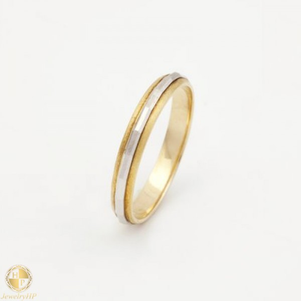 Double colored pair of wedding rings